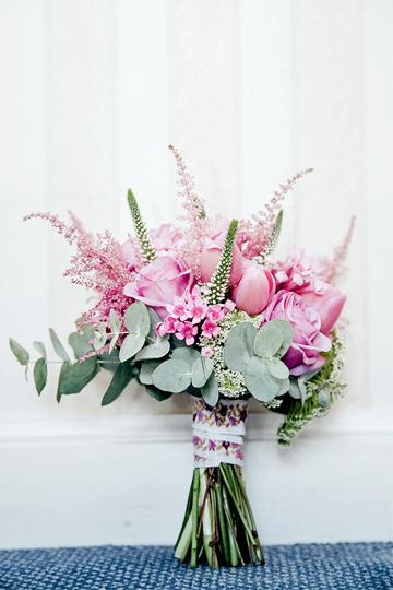ramos de flores silvestres rosa astilbe flores de cera rosa