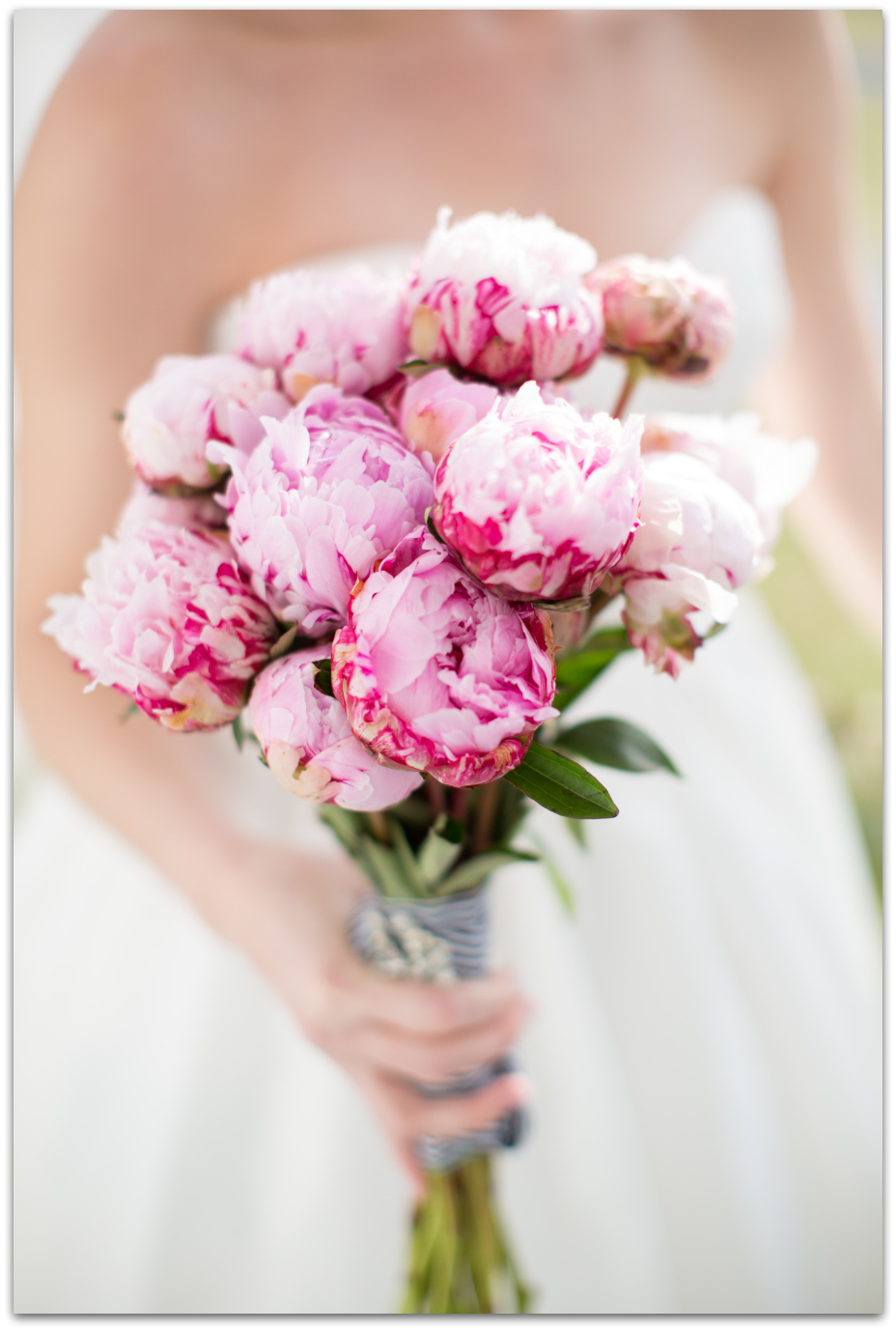 ramo de peonias rosas